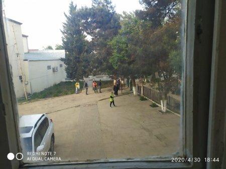 İnzibati binanın önündə cinayət xarakterli əməl-Video/Foto