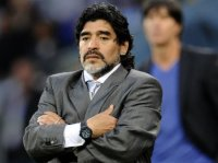 Maradona öldü