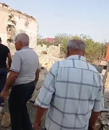 Gəncə İcra Hakimiyyəti bir qrup terror qurbanlarını ələ salıb ?! - VİDEO//FOTO