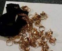 Bakı sakini qayınanasının evindən 20 min manatlıq qızıl oğurladı